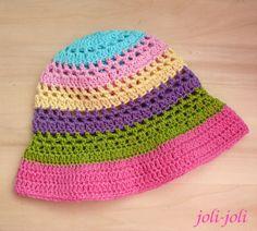 Háčkovaný klobouček barevný - NOVINKA 2013 Bavlněný klobouček háčkovaný jednoduchým vzorem. pestré a veselé barvy...tyrkysová, žlutá, růžová, fialová, malinová a sytě zelená. ...nepřehlédnutelný doplněk hodící se díky barvičkám k mnoha kouskům ze šatníku... Po dohodě lze uháčkovat jinou barevnou variantu, přidat aplikace apod. Cena je základní a platí pro ...