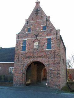 Asingaborg te Middelstum Groningen Nederland Leiden, Rotterdam, Holland Netherlands, Medieval Town, Brick And Stone, Old Buildings, Dutch, Villa, Castle