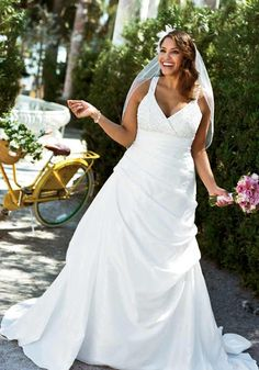 Plus size fashions on pinterest trendy plus size fashion for Wedding dresses for apple shaped body