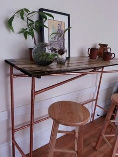 Easy Copper Pipe and Reclaimed Wood Table: 5 Steps (with Pictures) Diy Wooden Projects, Cool Woodworking Projects, Diy Furniture Projects, Wooden Diy, Woodworking Plans, Furniture Design, Copper Table, Wood Table, A Table