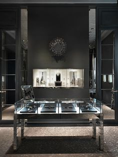 Dior Taipei 101 flagship store by Peter Marino, Taipei store design: Jewellery Shop Design, Design Shop, Jewellery Display, Jewelry Shop, Jewelry Stores, Jewelry Booth, Jewellery Showroom, Jewelry Making, Walmart Jewelry