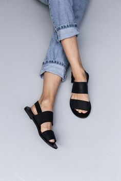 d819603e90f4 Perfect for everyday the Jun Black Leather Sandal gives comfort and style.  Soft Leather