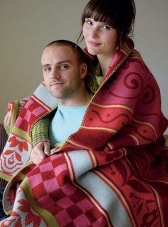 Chalet In The Woods - Oleana Blankets Great wedding gift! Norwegian Knitting Designs, Knitting Machine Patterns, Scandinavian Fashion, Great Wedding Gifts, Sweater Making, European Fashion, Blankets, Knitwear, Knit Crochet