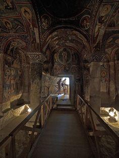 CAPPADOCIA: KARANLIK KİLİSE (OR THE DARK CHURCH) • Göreme National Park, Turkey • http://whc.unesco.org/en/list/357