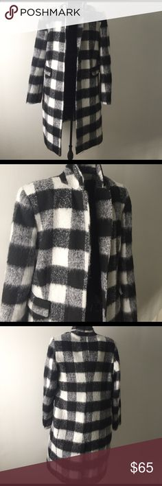 Plaid coat This is a trendy black and white plaid coat. Liz Claiborne Jackets & Coats Trench Coats