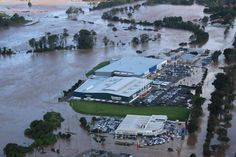 March floods 2017 - Lismore - Quayside Motors in foreground, Bunnings and old Masters