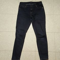 Forever 21 Low- Rise Denim Jeans classic dark blue jeans, really nice material. these are a bit worn and slightly worn at the knee, but it is not very noticable as seen in the picture. Forever 21 Jeans Ankle & Cropped