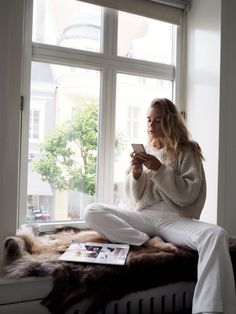 Ideas for photography poses winter inspiration Winter Mode, Cool Style, My Style, Lifestyle News, Mode Inspiration, Fashion Inspiration, Photography Poses, Fashion Photography, Home Goods