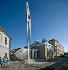 Martin Luther Church in Hainburg / Coop Himmelb(l)au -  Austria