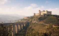 Umbria doesn't have the big set pieces, but it does has a coronet of far more intimate and easily visited hill-towns such as Spoleto.