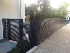 one of our last projects modern horizontal aluminum fence linea we produce the whole system. Black Bedroom Furniture Sets. Home Design Ideas