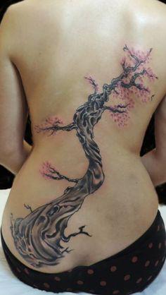 Cerezo japonés en 2 sesiones. Black Tattoos, Tribal Tattoos, Black And Grey, Tatoo, Tatuajes, Cherry Tree, Ink, Black Art Tattoo, Back Tattoos