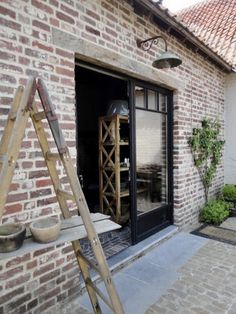 Look inside at Sofie – De Wemelaer – Door Ideas Entry Stairs, Basement House, Tiny Apartments, Building A New Home, The Ranch, Basement Remodeling, Home Decor Furniture, Detached House, Exterior Design