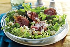 This salad comes together in a flash. Use eight fresh figs, quartered, when they're in season instead of the dried. If you don't like blue cheese, substitute the same amount of chèvre or Brie. Lunch Recipes, Meat Recipes, Chicken Recipes, Dinner Recipes, Salad Dressing Recipes, Salad Recipes, Salad Dressings, Salad Bar, Soup And Salad