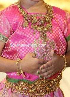 Peacock Nakshi Necklace and Vaddanam photo