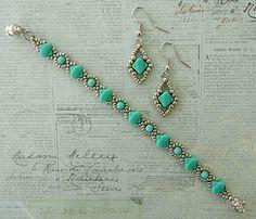 Linda's Crafty Inspirations: Bracelet of the Day: Cindy Bracelet - Silver & Turquoise