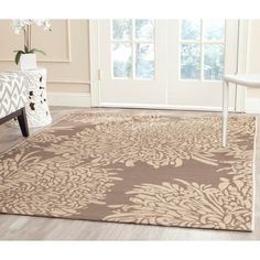 Beautiful Martha Stewart Chrysanthemum Dark Beige/ Beige Indoor/ Outdoor Rug (4u0027x 5
