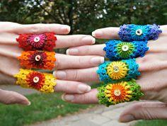 Set Of 7 Rainbow Crochet Mandala Bridesmaid Rings With Gold Holographic Sequin (by babukatorium) Rainbow Crochet, Love Crochet, Diy Crochet, Crochet Flowers, Ravelry Crochet, Crochet Stitches, Crochet Patterns, Pinterest Crochet, Bridesmaid Rings