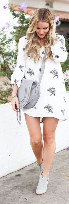 D K W Styling White And Black Floral Shift Dress  Pinterest @Sagine_1992 Sagine☀️