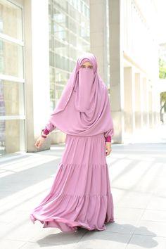 Muslimah modest wear (hijab) #uswahhijab #modestfashion #islamicfashion Hijab Evening Dress, Hijab Dress, Hijab Outfit, Hijab Niqab, Niqab Fashion, Modest Fashion, Fashion Outfits, Turkish Fashion, Islamic Fashion