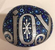 50 DIY Christmas Rock Painting Ideas (49)