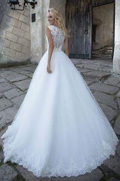 Robe de mariée élégante – Création Lucia (dos)