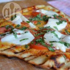 Pizza na churrasqueira @ allrecipes.com.br