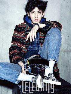 EXO-K's resident rapper Chanyeol transformed into a hard working DJ in his latest pictorial for the November issue of The Celebrity! Kpop Exo, Exo Chanyeol, Exo Ot12, Exo K, Kyungsoo, Exo Chanbaek, Yixing Exo, Wattpad, K Pop