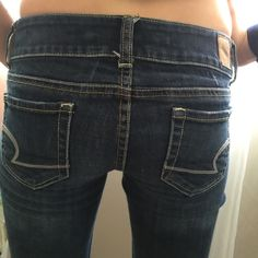 NWOT American Eagle stretch jeans!! A Perfect fit NWOT American Eagle stretch jeans!! Perfect fit.  Size 0 regular with average flare bottoms. .. These are on my daughter who usually wears a double zero and she's 5'1.. These would be fine for someone from 5'1 to 5'5 with it being 30 in length American Eagle Outfitters Pants Boot Cut & Flare