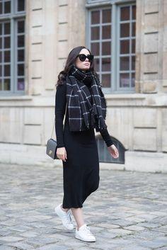 15 Outfits en negro para llenar de elegancia esta Navidad c9dd2ed19bd4