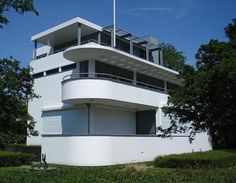 Chabot Museum : Chabot Museum - Rotterdam The Chabot Museum in Rotterdam is housed in a monumental building since 1993. The museum, a whit... #Chabot #Museum Rotterdam, Streamline Moderne, Art Deco Buildings, Building Art, Art Deco Design, Modern Architecture, Historic Architecture, House Design, House Styles