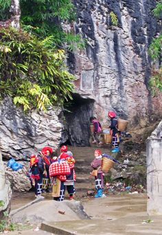 Traveling in northern Vietnam. Take a look on website www.north-vietnam.com... Practical information, trekking, homestay, photo galleries, videos.... #vietnam #travel #wander #mountains #backpacker #village