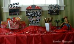 Oscar Party with Orville Redenbacher PopUp Bowls
