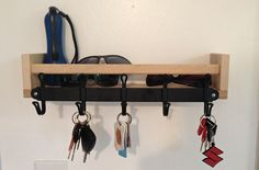 18 ways to chop IKEA spice racks # bookshelf # spice rack . - Ikea DIY - The best IKEA hacks all in one place Ikea Hacks, Organizing Hacks, Home Organization, Bekvam Ikea, Ideas Recibidor, Kallax Regal, Key Rack, Hook Rack, Key Hooks