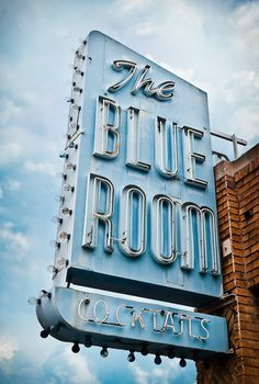 vintage neon sign via Marc Shur ~ How funny! The Blue Room, on San Fernando in B… vintage neon sign via Marc Shur ~ How funny! The Blue Room, on San Fernando in Burbank California. A very old haunt of mine, cheap beer and kind folk! Blue Rooms, Blue Walls, Photo Wall Collage, Picture Wall, Fred Instagram, Azul Vintage, Light Blue Aesthetic, Blue Aesthetic Pastel, Everything Is Blue