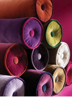 velvet takes on color like no other fabric! contrasting velvet piping on bolster cushions Bolster Cushions, Bolster Pillow, Throw Pillows, Velvet Pillows, Deco Boheme Chic, Jardin Decor, Jewel Tones, Color Tones, Soft Furnishings