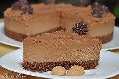 Tort de ciocolata fara coacere   Retete culinare cu Laura Sava - Cele mai bune retete pentru intreaga familie