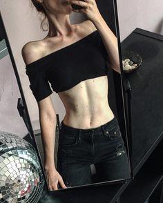 Waist + collarbones