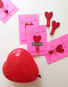 10 Last-minute Valentines for Kids - Hither & Thither My Funny Valentine, Homemade Valentines, Saint Valentine, Valentine Day Love, Valentines Balloons, Valentines Day Party, Valentines Day Decorations, Valentines For Kids, Valentine Ideas