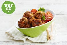 Recipe: Fava Bean and Carrot Falafel High Protein Vegetarian Recipes, Healthy Food Options, Healthy Recipes, Easy Recipes, Vegetarian Picnic, Healthy Picnic Foods, Quick Family Dinners, Easy Meals, Fava Beans