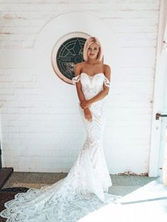 Could the Dream gown be your dream gown? Made from our unique Dominica lace in a fitted silhouette with sweetheart neckline and centre bust sheer tulle Bluebell Bridal, Aubrey Rose, Bridal Flowers, Dream Wedding Dresses, Beautiful Gowns, Dream Dress, Bridal Collection, Evening Gowns, Bridal Gowns