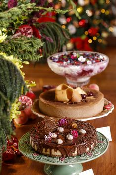 Christmas Buffet Table, Christmas Tablescapes, Panna Cotta, Delicious Desserts, Chocolate, Menu, Xmas, Table Decorations, Cooking