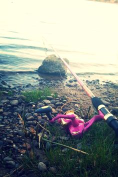 Got to have me a Pink fishing pole! :)