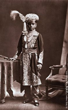 India In The 19th Century. His Highness Chama Rasendra Wadiar Bahadur, the maharajah of Mysore. (Photo by Henry Guttmann/Getty Images). 1870