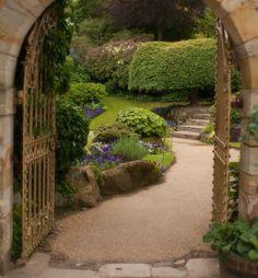 Secret Garden (cotswolds)