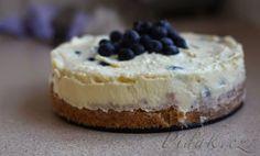 Zobrazit detail - Recept - Cheesecake s bielou cokoladou a cucoriedkami Nutella, Cheesecake, Food, Detail, Mascarpone, Cheesecakes, Essen, Meals, Yemek