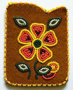 Native Beading Patterns, Beaded Necklace Patterns, Beadwork Designs, Native Beadwork, Native American Beadwork, Bead Loom Patterns, Beaded Moccasins, Beaded Lanyards, Nativity Crafts