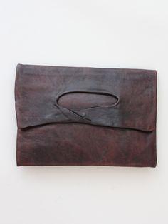 Nutsa Modebadze Lace Oval Clutch « Pour Porter