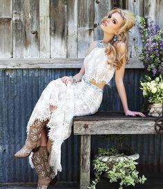 Sherri Hill 32255 boho prom dress. #boho #bohochic #bohoprom #prom #pageant #gown #dress #sherrihill #prom2015 #prom2k15 #homecoming #fashion #formal #designer #redcarpet #militaryball #teenpageant