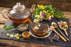 Doctors called perfect for female health tea - NEWS-X. Coffee Time, Tea Time, Chamomile Tea, Kraut, Drinking Tea, Healthy Drinks, Tea Pots, Herbalism, Clean Eating